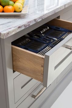 dovetail_drawer_1.jpg